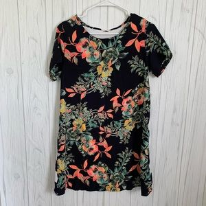 12PM by Mon Ami Navy Floral Front Tunic Top